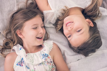 Smiling Siblings - Family Photography Toronto by Devon Crowell